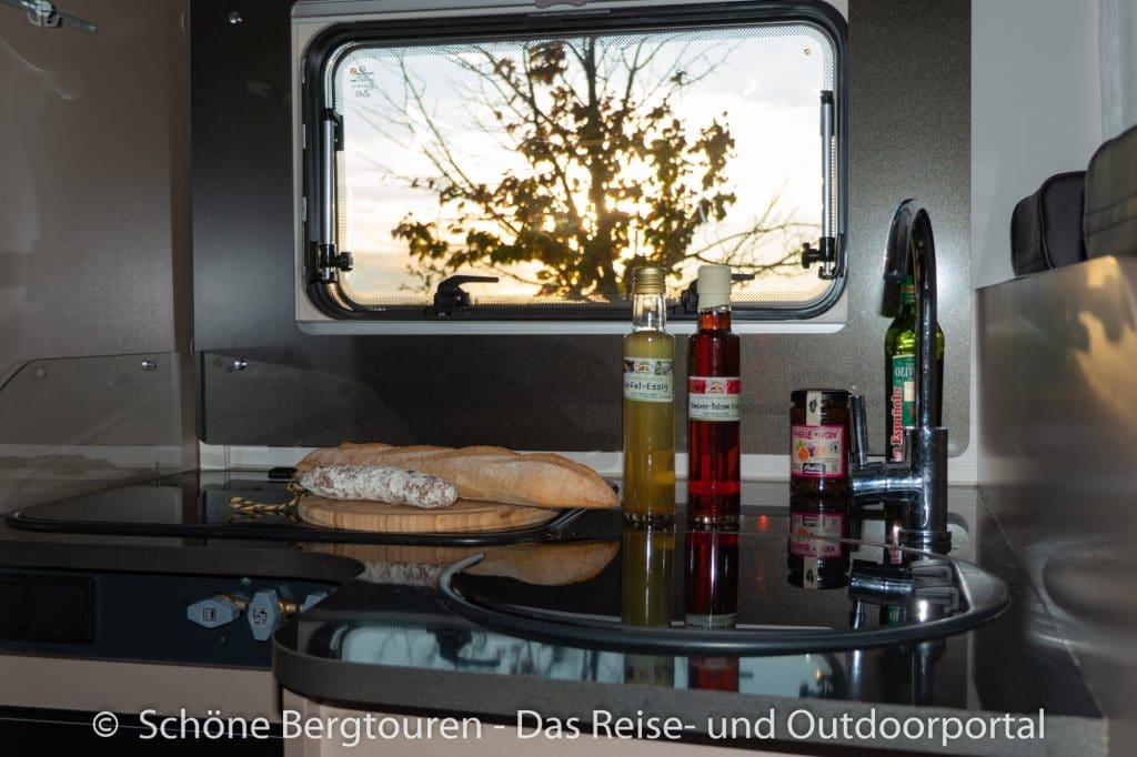 Suedfrankreich Roadtrip - Kuecheneinblick