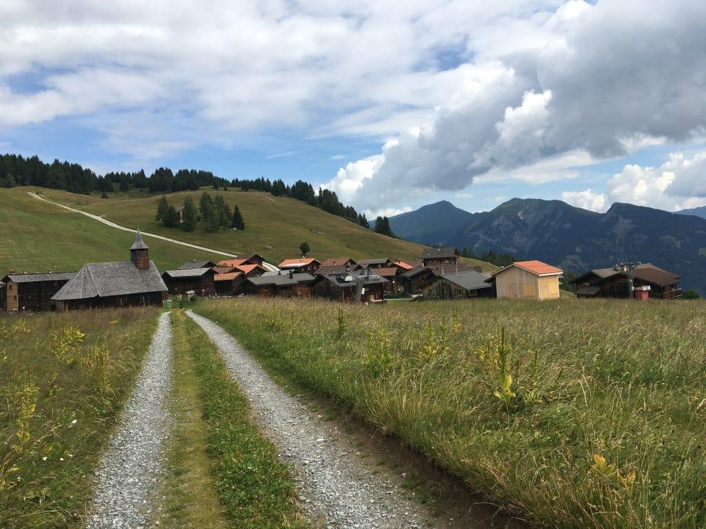 Walserweg - Blick auf Obermutten