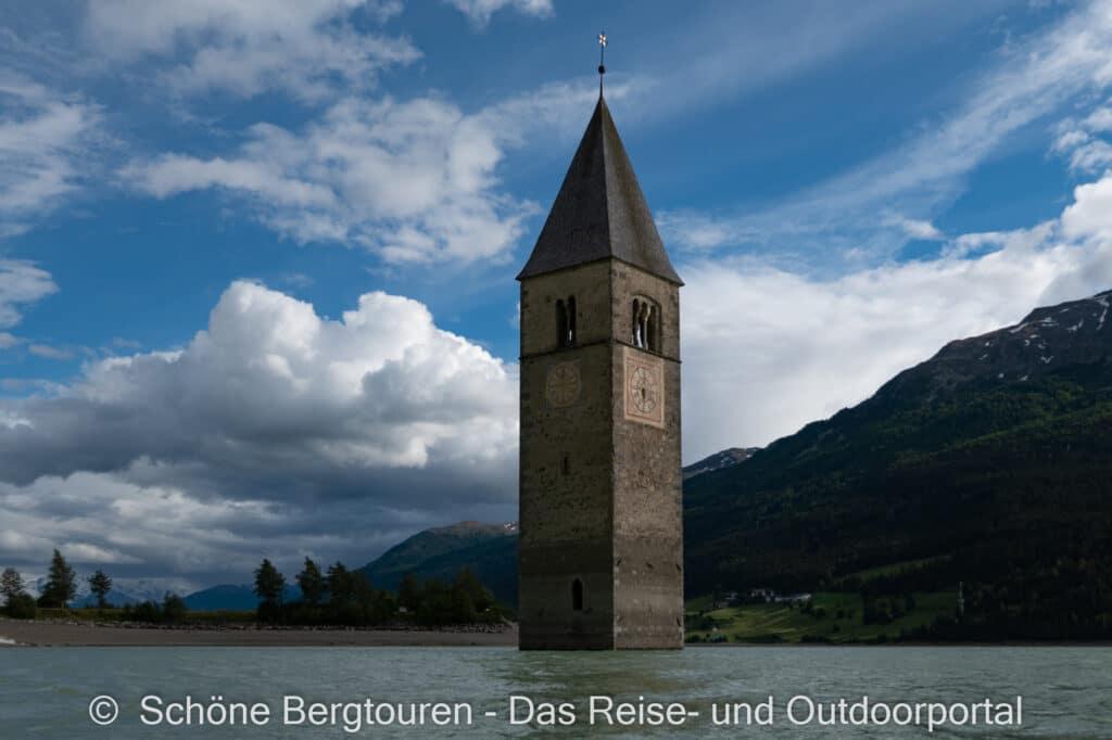 Wohnmobiltour Suedtirol - Versunkene Kirchturm