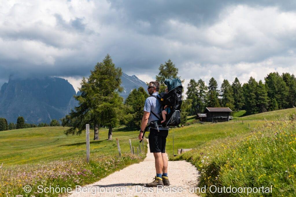 Wohnmobiltour Suedtirol - Wandern auf der Seiser Alm